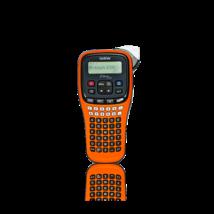 BROTHER Címkenyomtató PT-E100VP, kézi, ABC billenytűzet, TZe szalag: 3,5-12mm, grafikus LCD kijelző